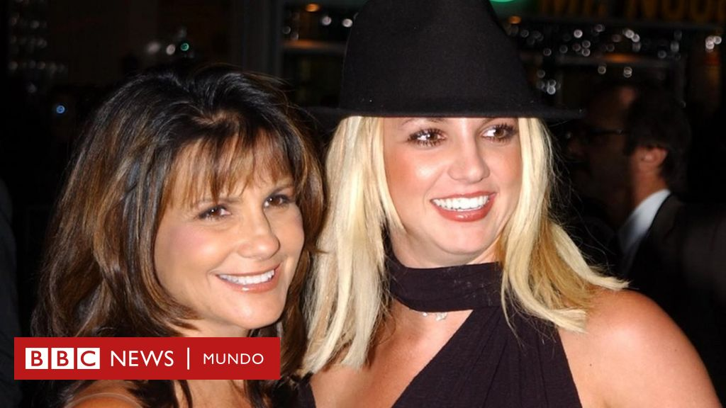 1626477577 What has been the role of Britney Spears mother in