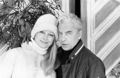 Herbert Von Karajan and his wife Eliette during a vacation in Saint-Moritz (Switzerland) in 1979.