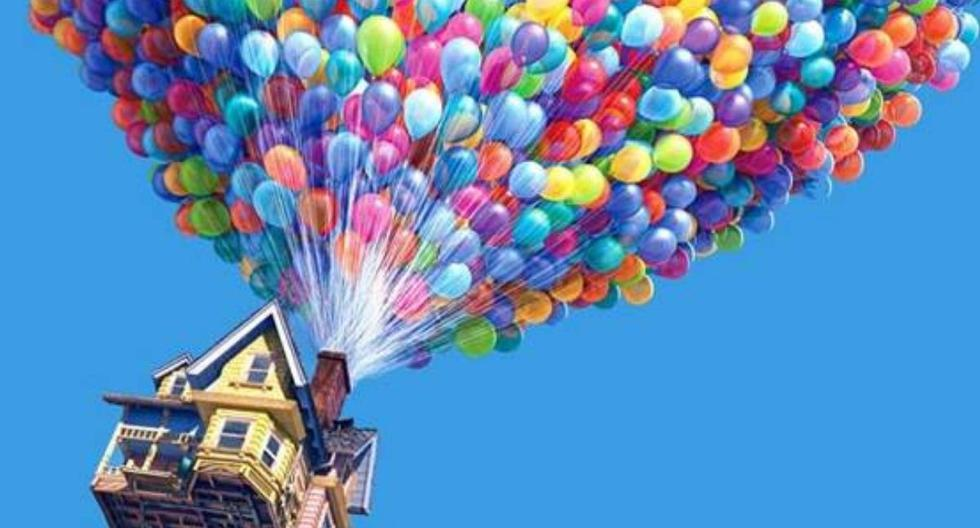 """""""Up: an adventure to the height"""", how many balloons did Carl use to travel with his house?"""