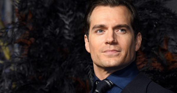 Henry Cavill to star in romantic movie based on famous book