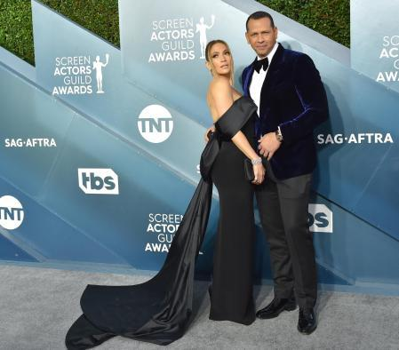 Jennifer López and Álex Rodríguez at the photocall of the 26th annual 'Screen Actors Guild Awards'.