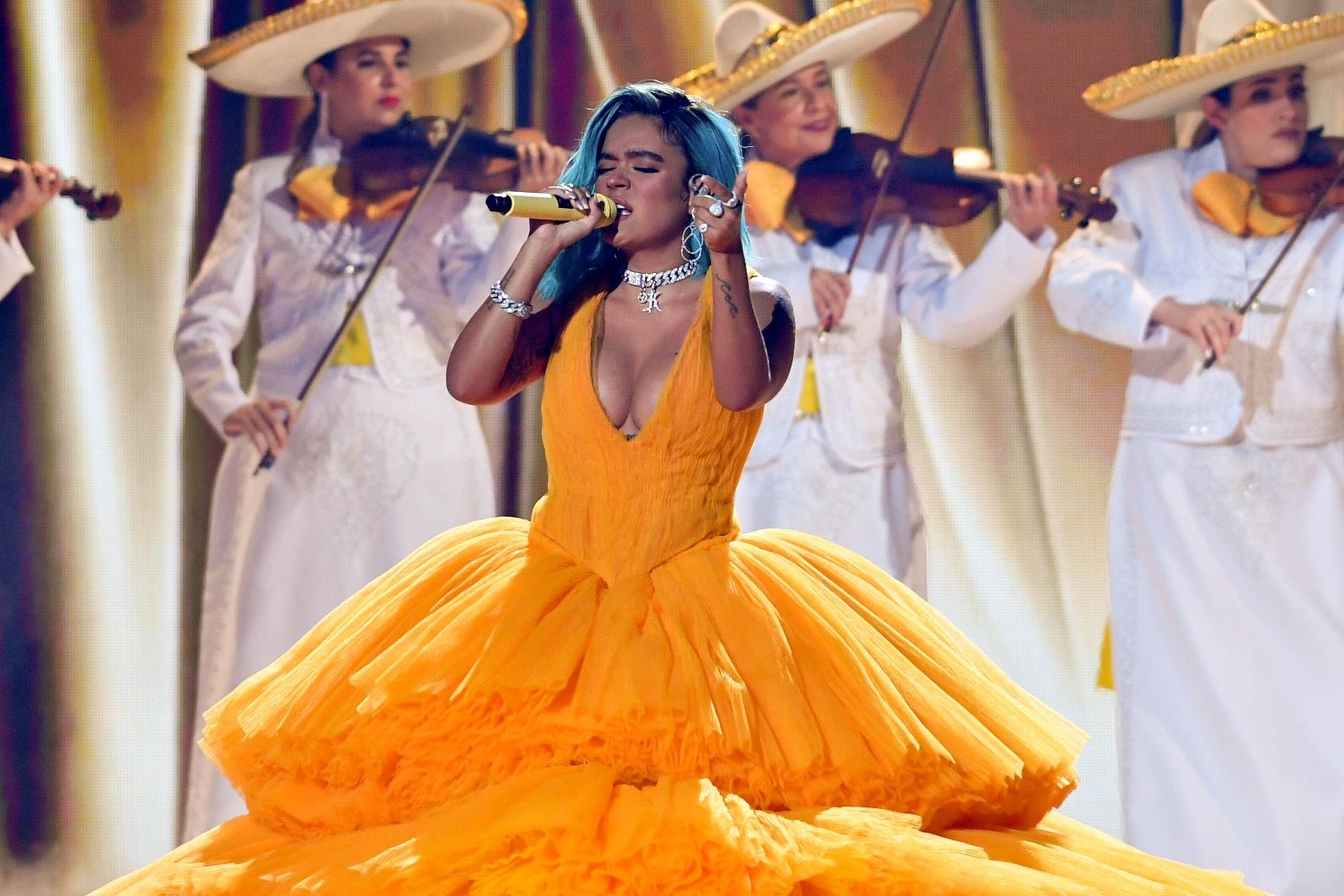 Noelia destroys Karol G's performance with mariachi at Premios Juventud