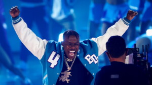 Rapper DaBaby mocks during gay and HIV concert and later apologizes after being criticized