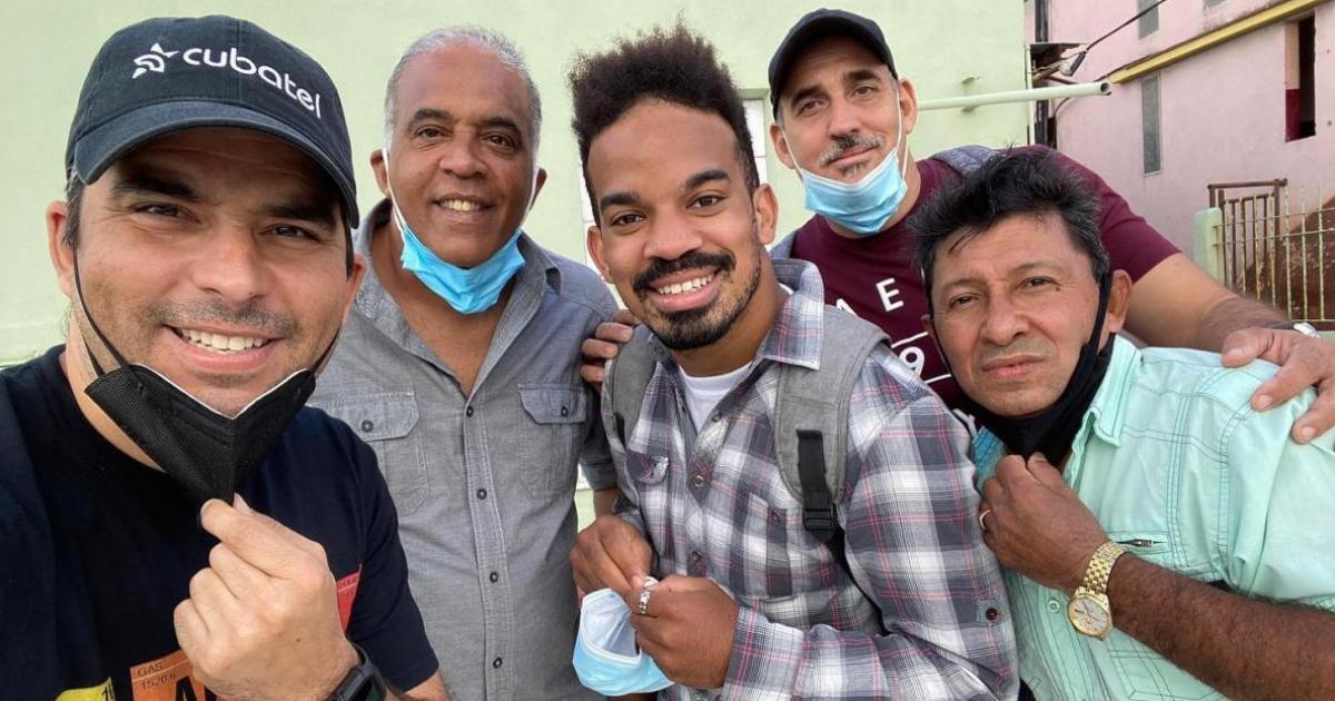 Actor Marlon Pijuan denies that he was expelled from Vivir