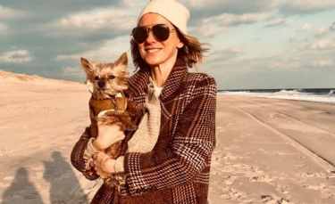 After 20 years together, actress Naomi Watts mourns the loss of her dog in heartbreaking Instagram post