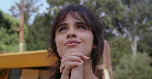 Cinderella with Camila Cabello presents her teaser trailer Tomatazos