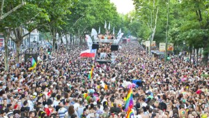 Gay Pride Parties: Are there parades, parades and floats and what about the concerts?