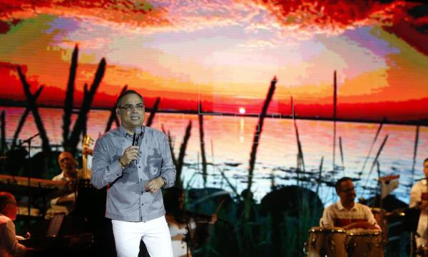 Gilberto Santa Rosa concert at the Coliseum adds additional seats