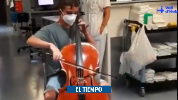 Inspiring boy gives a beautiful concert to his father in