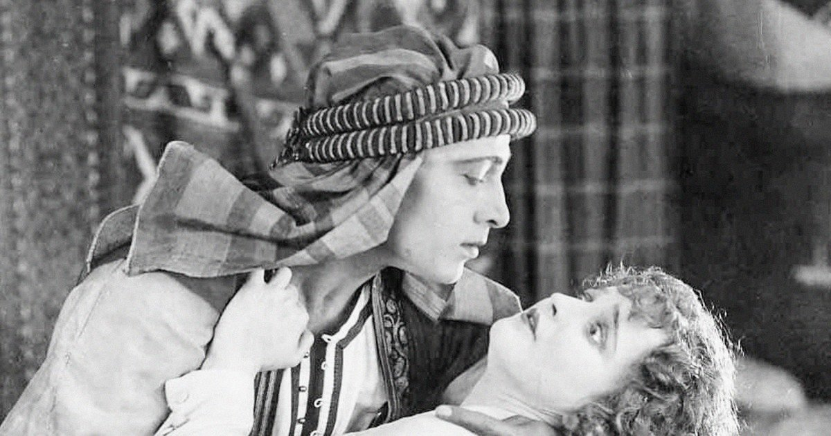 Rodolfo Valentino: the lustful and tragic life of the first Latin lover