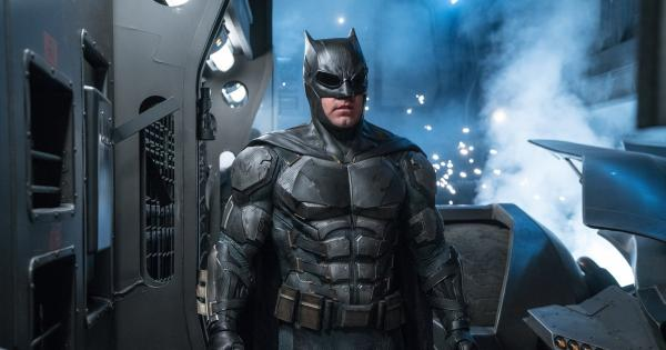 The Flash: first images of Ben Affleck's Batman are revealed   Tomatazos