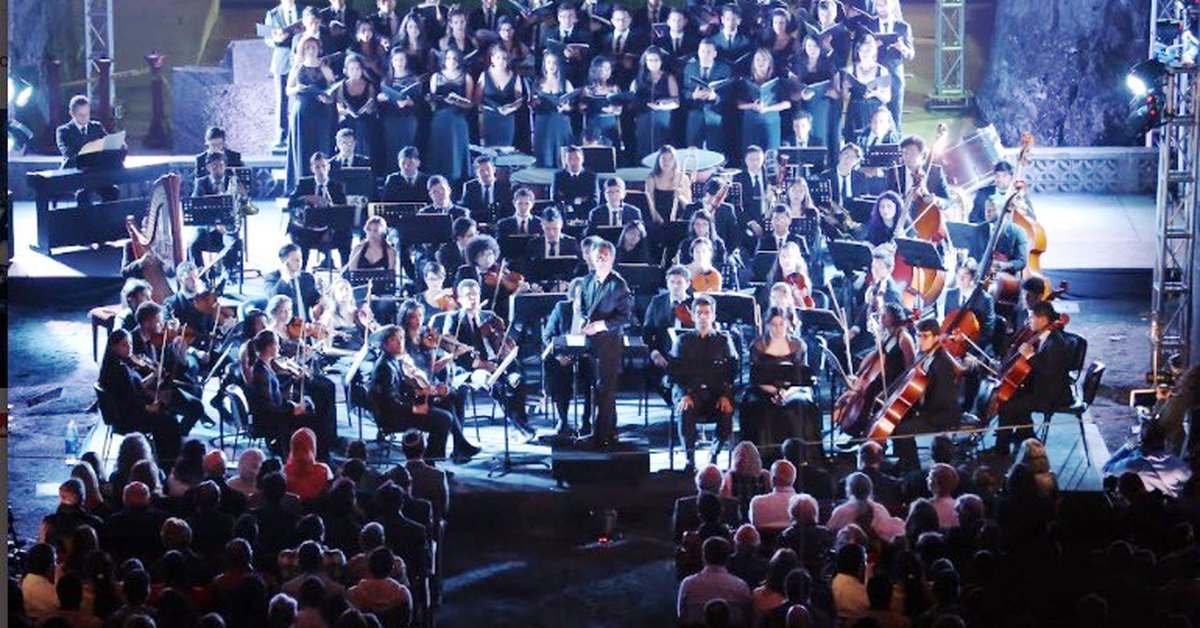 The Philharmonic Orchestra of Bogotá will give a face-to-face concert at the Salt Cathedral of Zipaquirá