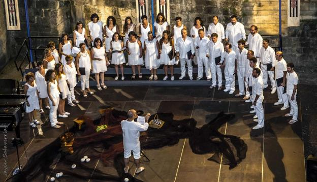 Eskifaia will offer its traditional summer concert on July 30 at the Baluarte de la Reina.