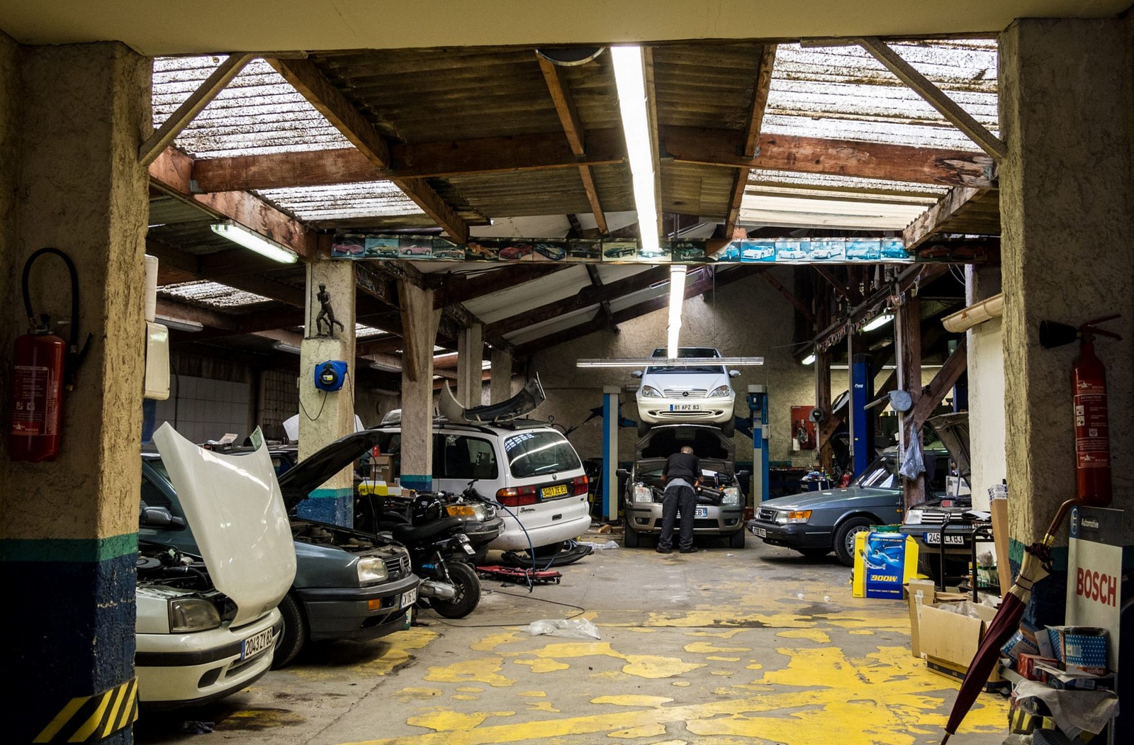 Tips for paying less for car repairs