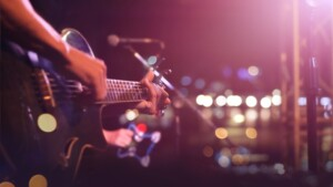 Your Talent My Contacts: Follow new musical proposals on their way to stardom