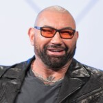 """Dave Bautista talks about 'Daggers in the back 2' and assures that it will be """"better"""" than the first"""