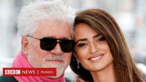 The apology of Instagram for censoring the poster of Almodóvar's latest film, which shows a nursing nipple - BBC News Mundo
