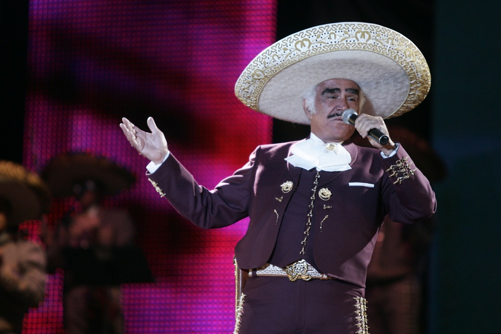 This is how the accident that keeps Vicente Fernández in intensive care occurred
