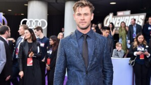 6 style lessons from Chris Hemsworth to dress like a god always