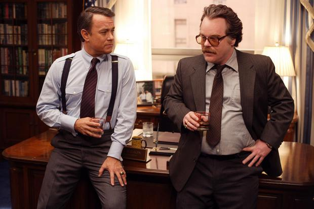 Tom Hanks and Phillip Seymour Hoffman play in Charlie Wilson's War (2007) an American politician and a CIA agent who seek to support the guerrillas in Afghanistan. (Photo: IMDB).