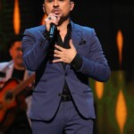 Larry Hernández fights back! The singer was accused of exaggerating his coronavirus symptoms