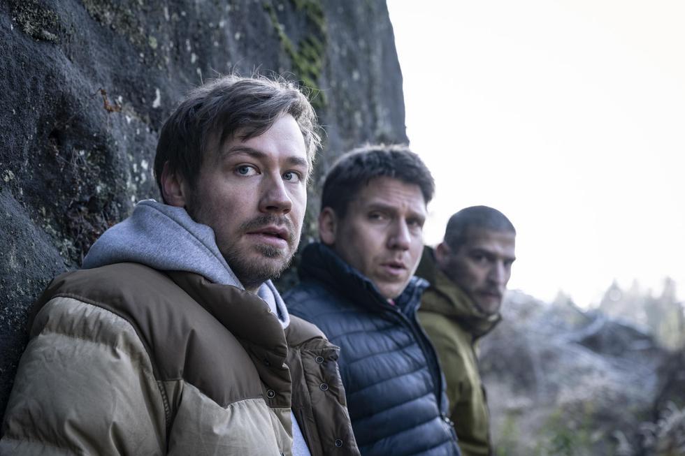 Una excursión en el bosque se convierte en un paseo letal para cinco amigos que escapan de un cazador al que no pueden ver, pero cuya presencia, sin duda, pueden sentir.