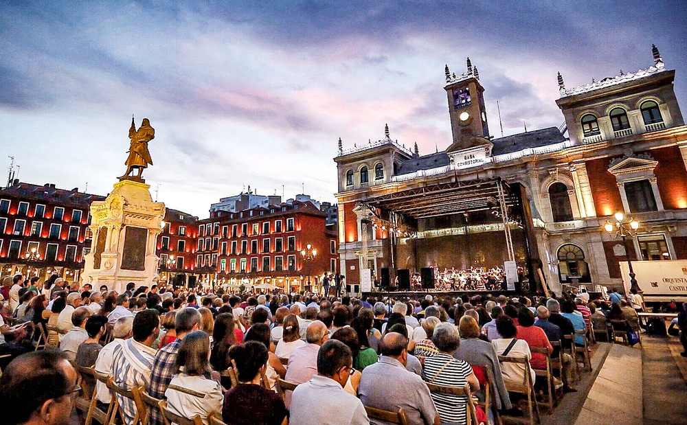Ten concerts in the Plaza Mayor with limited capacity