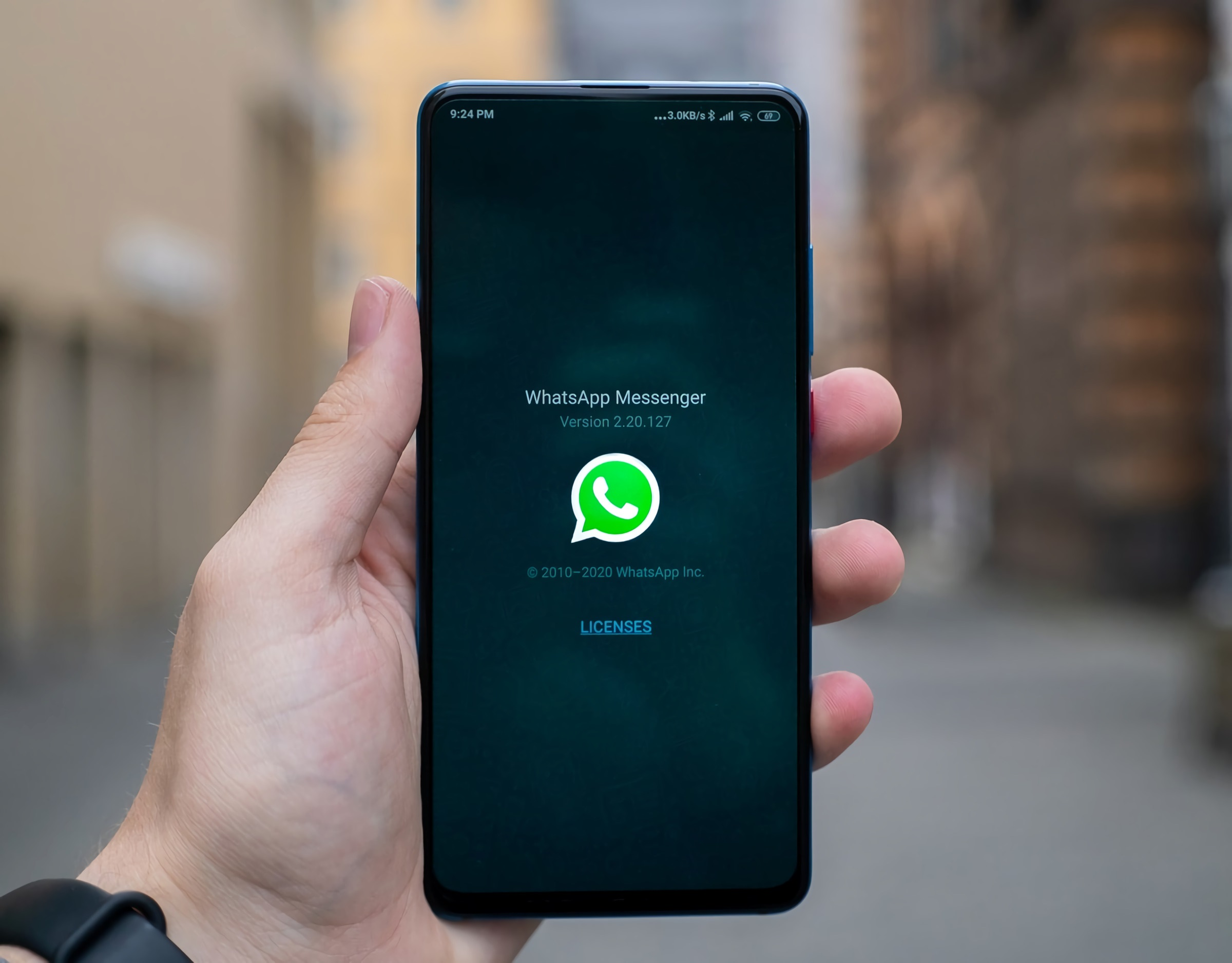WhatsApp returns to dizzy with its conditions: they will have to be accepted in certain cases