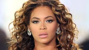 Beyoncé Shows How To Wear A Black Mini Dress With Fall's Trendy Platforms