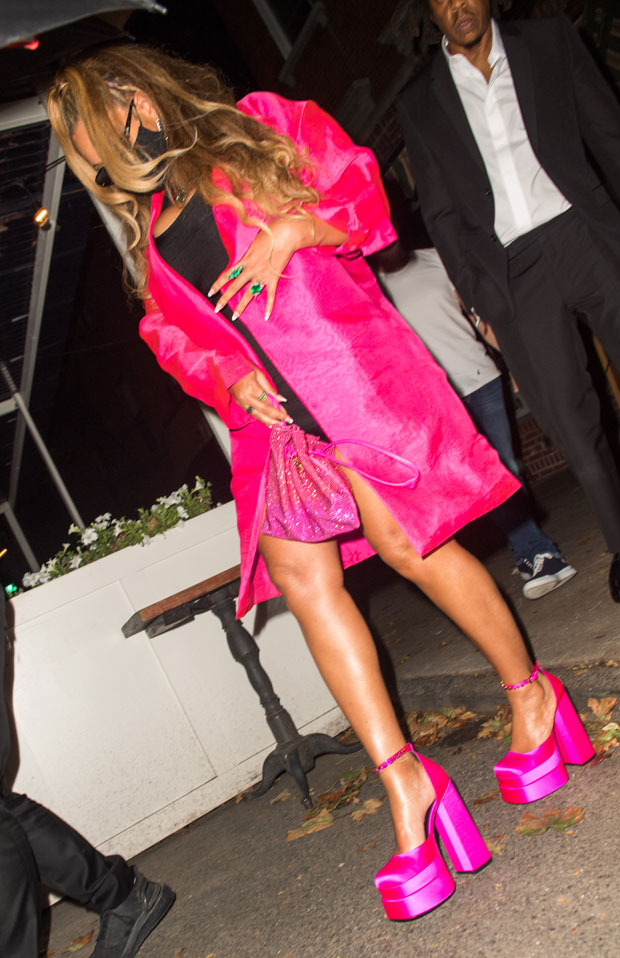 Beyoncé stuns in black mini, neon pink jacket and sky high heels at dinner with Jay-Z E! News UK