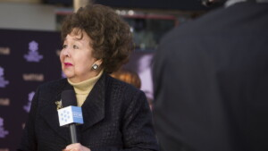 Child star Jane Withers dies at 95