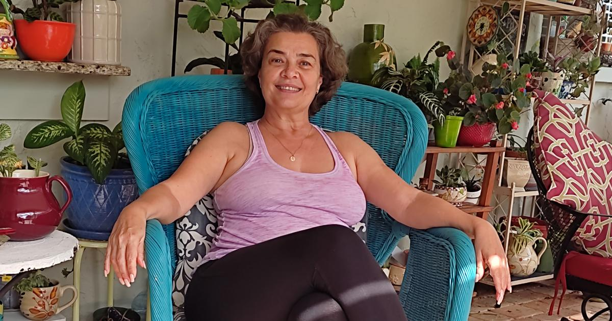 """Cuban actress Larisa Vega from her home in Florida: I will die loving my profession but here I """"live"""""""