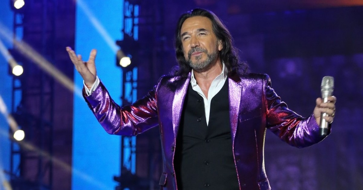 'El Buki' sends a message to those who do not get vaccinated and Twitter 'explodes'