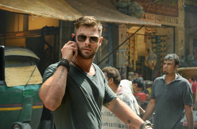 Free Guy Ryan Reynolds humorously explains Chris Hemsworths absence