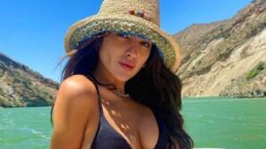In front of the mirror: Eiza González teaches how to wear a bikini this season