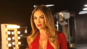 Inside the sea Aracely Arámbula, mother of Luis Miguel's children, falls in love with her figure
