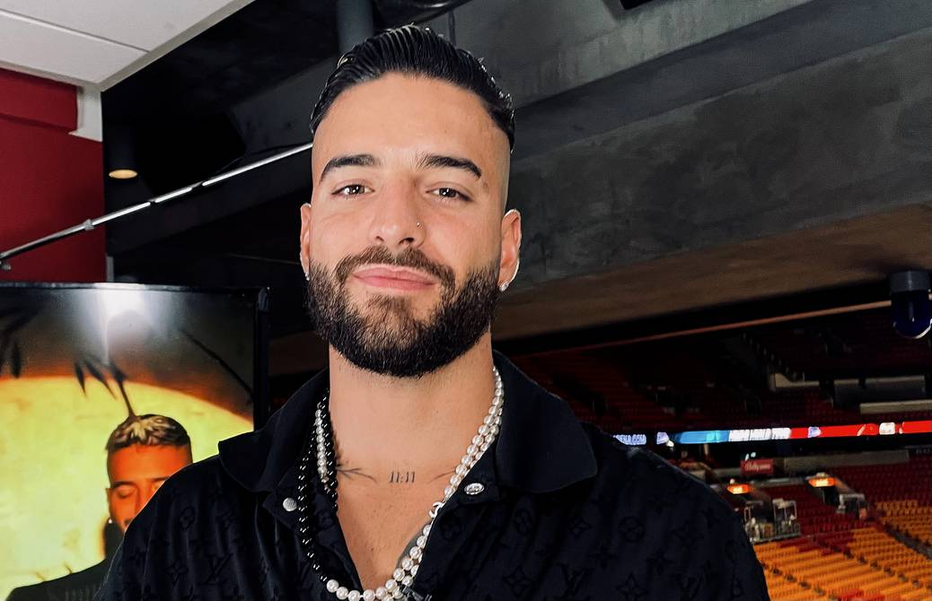 It is important that they come vaccinated says Maluma to