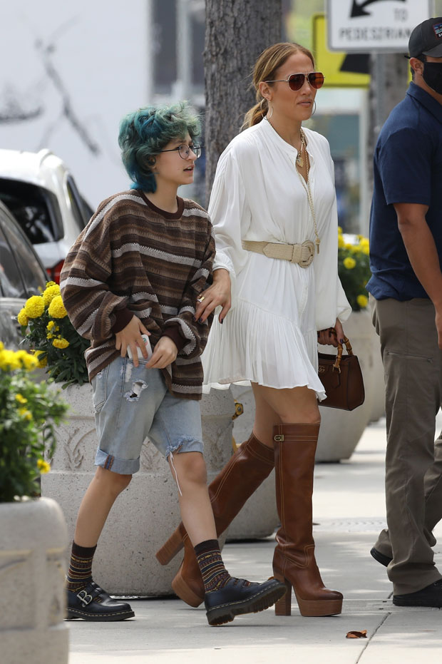 Jennifer Lopez Rocks mini dress and knee-high boots at lunch with daughter Emme, 13 e! News uk