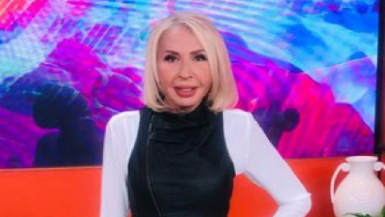 Laura Bozzo copies Lady Gagas style and poses with