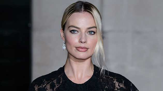 Margot Robbie from the madness of Harley to the pink