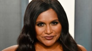 Mindy Kaling's $ 666 Skin Care Routine Takes Only Two Minutes