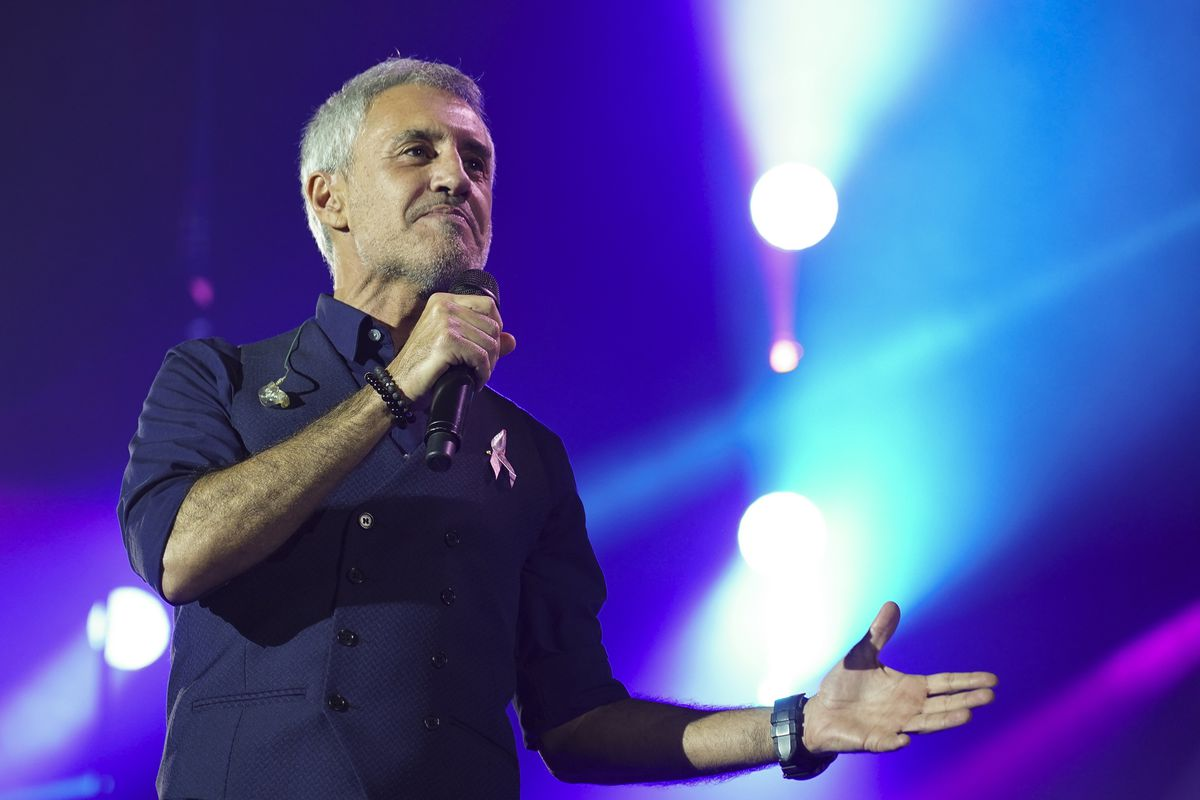 Sergio Dalma apologizes for inciting his audience to fail to