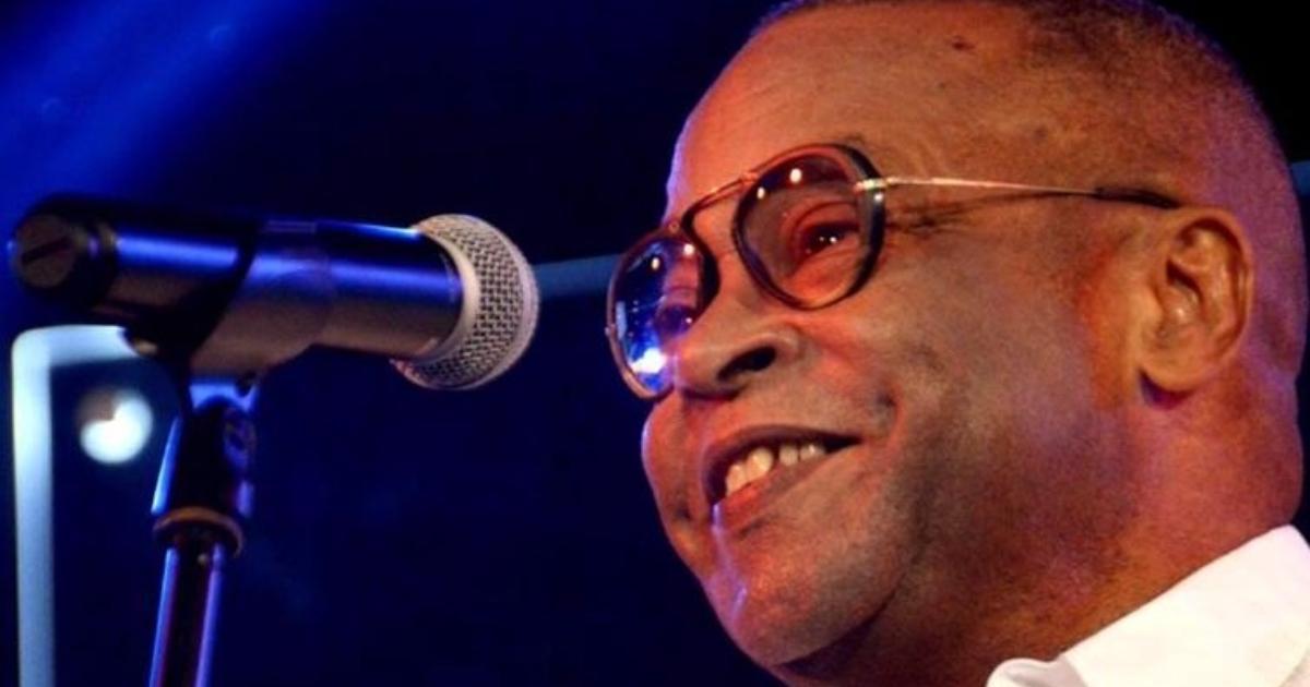 The health status of Cuban musician Adalberto Álvarez is concerned
