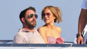 Why Jennifer Lopez-Ben Affleck's reunion is so exciting - BBC News Africa