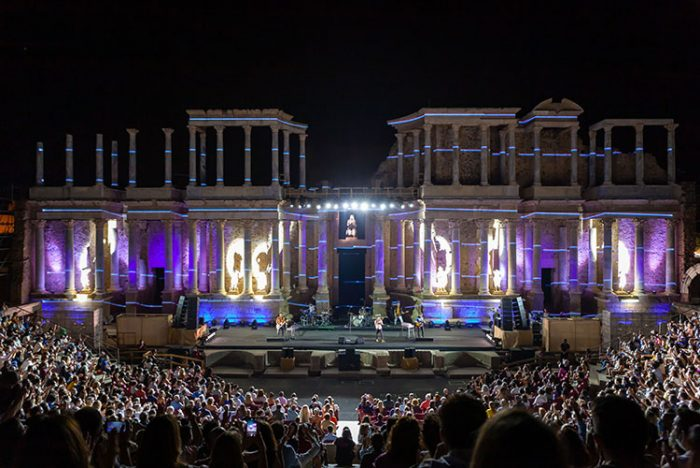 1630466867 351 Vetusta Morla chronicle of his concert at the Roman Theater