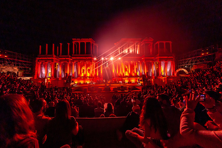 1630466868 Vetusta Morla chronicle of his concert at the Roman Theater