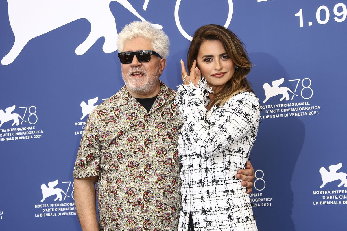 """Pedro Almodóvar: """"Spanish society has an enormous moral debt with the families of the disappeared"""""""