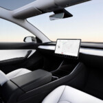 A $ 25,000 Steering Wheelless Tesla by 2023: Elon Musk Leaves the Door Open for the Rumored 'Model 2' to Be Fully Self-Driving