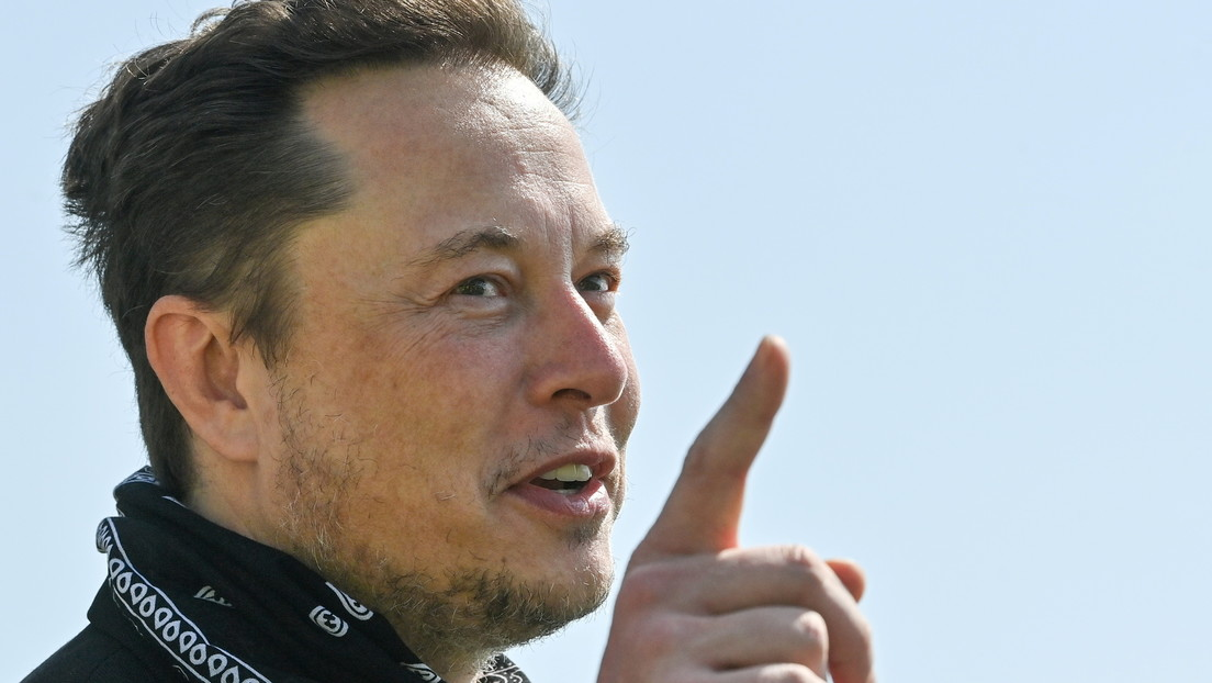 """""""If it doesn't work, it will sue death!"""": Musk mocks Bezos for reports he invested in anti-aging research"""