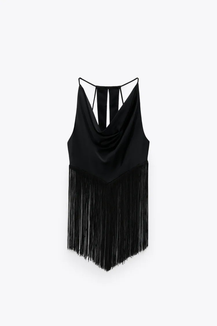 1631370457 60 Zara is inspired by the mythical movie Moulin Rouge to